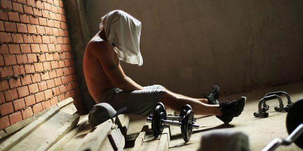 13 اشتباهی که مانع رشد عضلات شما میشوند
