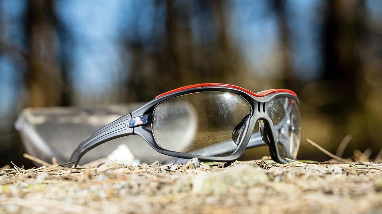 راهنمای خرید عینک ورزشی